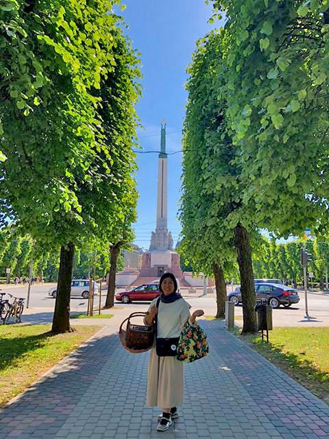 ラトビアは2018年の6月に、長野県茅野市の蓼科ハーバルノートシンプルズの「萩尾エリ子先生と行くバルト三国ハーブの旅」で訪れました。
